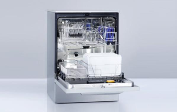 器具除染用洗浄機ミーレジェットウオッシャー